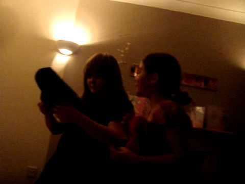 Molly and Yasmin's Magic show - Bracklesham Bay  - 09/10/10