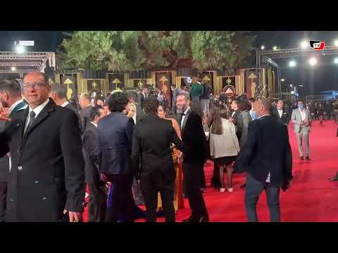 محمد فراج وبسنت شوقي على الريد كاربت في مهرجان القاهرة السينمائي
