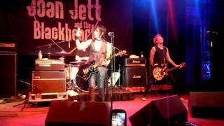 I Love Playin' with Fire - Joan Jett- 03-27-2010
