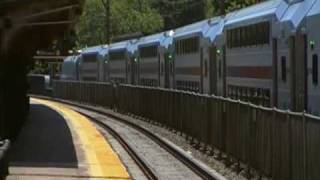 preview picture of video 'NJ Transit Morristown Midtown Direct Sunday at Baker'