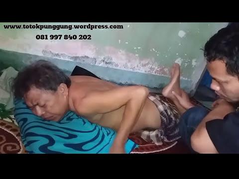 Video PENGOBATAN SYARAF KEJEPIT ( HNP ) TANPA OBAT