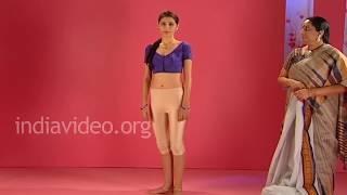 How to wear a Gadwal saree in Tamil Telugu Brahmin style