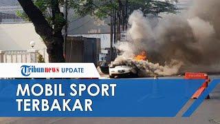 Mobil Sport Putih yang Terbakar di Jalan Suryo Ternyata Sedang Dipakai Test Drive, Diduga Korsleting