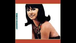 "ASTRUD GILBERTO SINGS "" ÁGUA DE BEBER"" - PARIS JAZZ FESTIVAL - 1968"