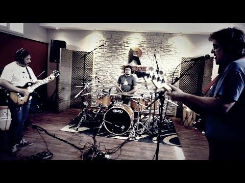 Martillo de Plata - Luna Azul (Estudio)