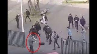 Шизик в Нидерландах напал на студентов с двумя ножами