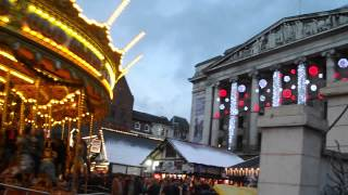preview picture of video 'A Nottingham Winter Wonderland - carousel and Nottingham Council House'