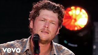 Blake Shelton - Home (Live)