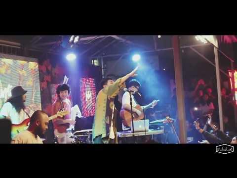 Fourtwnty - Zona Nyaman OST. Filosofi Kopi 2: Ben & Jody / Live From @Carnifolkfest 4 Sukabumi