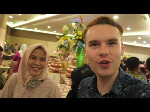 INVITED TO AN INDONESIAN WEDDING IN BEKASI, JAKARTA 🇮🇩