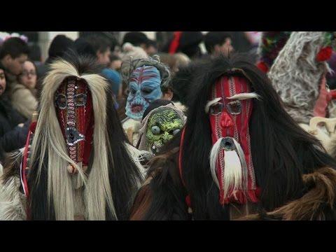 Les masques avec moumie sur la personne