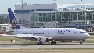 United Airlines Boeing 737-900 Landing at YVR