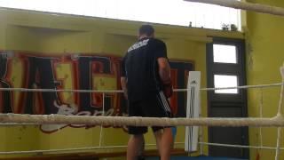 Бокс Денис Бойцов готовится к бою с Кличко