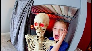 Father & Son MAKE A HAUNTED FORT!