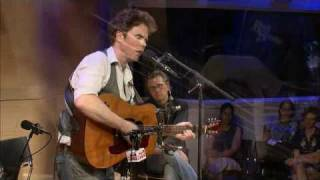 "Studio 360 Live: Josh Ritter performs ""Rattling Locks"""