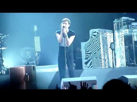 Kaiser Chiefs - Time Honoured Tradition (Live at O2 13/02/2015)