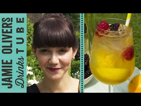 Video Whisky & Elderflower Cobbler Cocktail | Camille Vidal