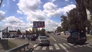 Вооруженное ограбление на Борщаговке на дороге