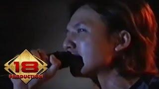 Caffeine - Hidupku Kan Damaikan Hatimu (Live Cirebon 16 Agustus 2006)