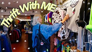 Come Thrift With Me in ENGLAND! | Ultimate Guide to Thrifting in the UK