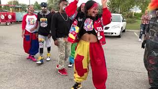 THEY MAKE STREET DANCING LOOK EASY! |