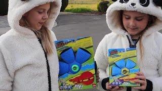 РАСПАКОВКА И ОБЗОР ИГРУШЕК! Испытываем МЯЧ - ФРИСБИ игрушка 2 в 1-ом, новая игрушка для детей.