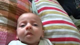 Най-смешната бебешка физиономия, която сте виждали