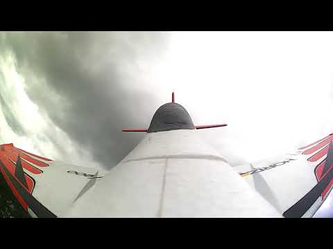 eflite-v900-4s-fast-laps-of-the-park