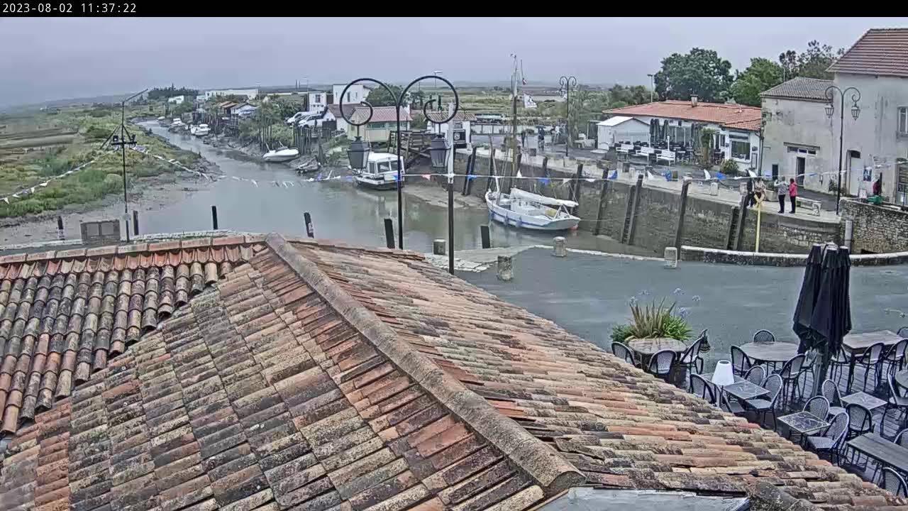 Webcam en direct du port de plaisance de Mornac-sur-Seudre, sur la rive gauche de la Seudre, en marge de la presqu'île d'Arvert