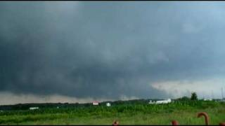 Tornado Warning!!  St. Cloud, MN July 14th, 2009 Twistersisters Chase
