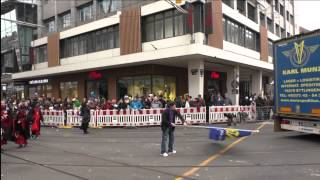 preview picture of video 'Fasching - Umzug in Karlsruhe 2015'