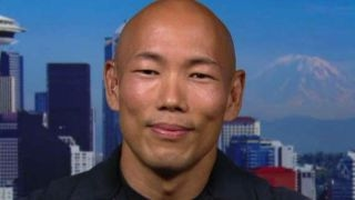 Cop uses skateboarding, music to connect with community