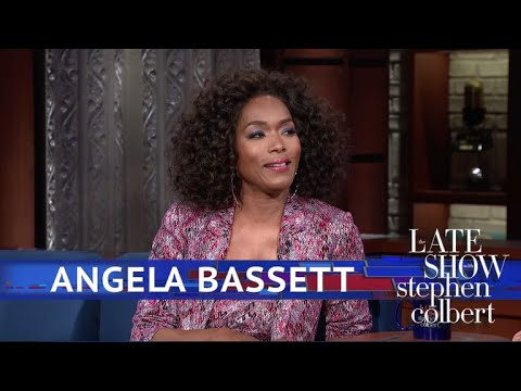 , title : 'Angela Bassett Describes The Waterfall Scenes In 'Black Panther''