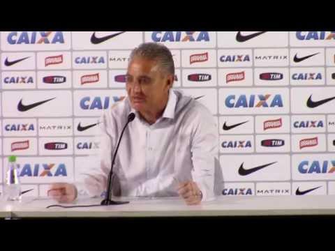 Professor Tite dá aula de futebol após vitória contra a Portuguesa