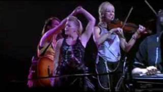 Dixie Chicks - Country Roads (live)
