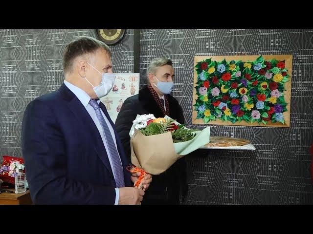 Мэр Ангарского городского округа Сергей Петров поздравил общественные организации с наступающим праздником