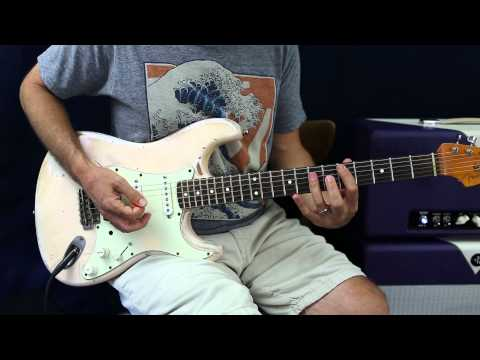 Soloing Over Chord Changes Made Easy - Guitar Lesson - Major and Minor Pentatonic