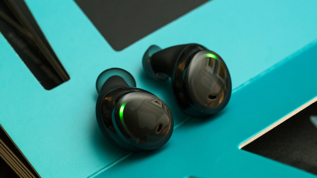 Bragi's truly wireless earbuds are actually good — CES 2016 thumbnail