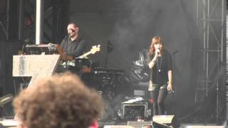 """Chvrches- """"Strong Hand"""" (HD) Live at Lollapalooza on August 3, 2014"""