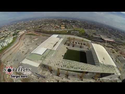 Voo sob a Arena Corinthians