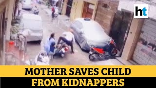 Watch: Mother fights off kidnappers, saves 4-yr-old child in Delhi