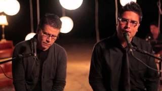 Vuelve -Satelite feat  Jesus Adrian Romero