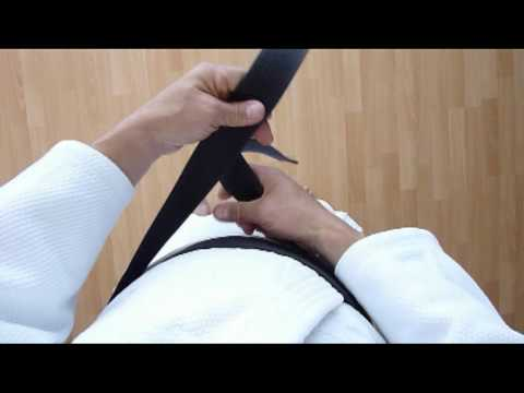 Wie binde ich den Gürtel