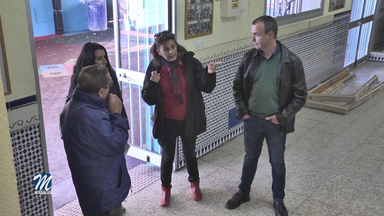 EL EDIL DE OBRAS VISITA LAS MEJORAS DEL COLEGIO SAN LUIS