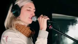 """Warpaint - """"Disco//Very"""" (Live at WFUV)"""