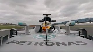 Lewis Hamilton 360° Onboard Lap in 2017 F1 Car with Commentary!