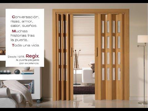 Puertas plegables de PVC roble film vinílico con vidriera