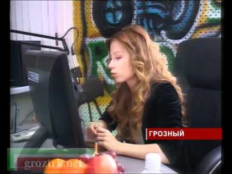 Юлия Савичева в гостях у ЧГТРК Грозный - видео