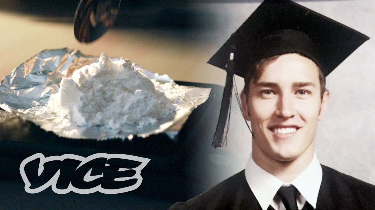 I Smuggled Drug Into the United States to Settle My Trainee Loans thumbnail