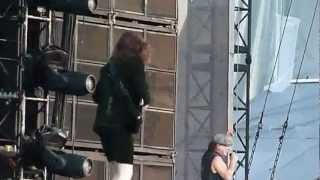 AC/DC - Thunderstruck (Live - Download Festival, Donington Park 2010) [720p HD]
